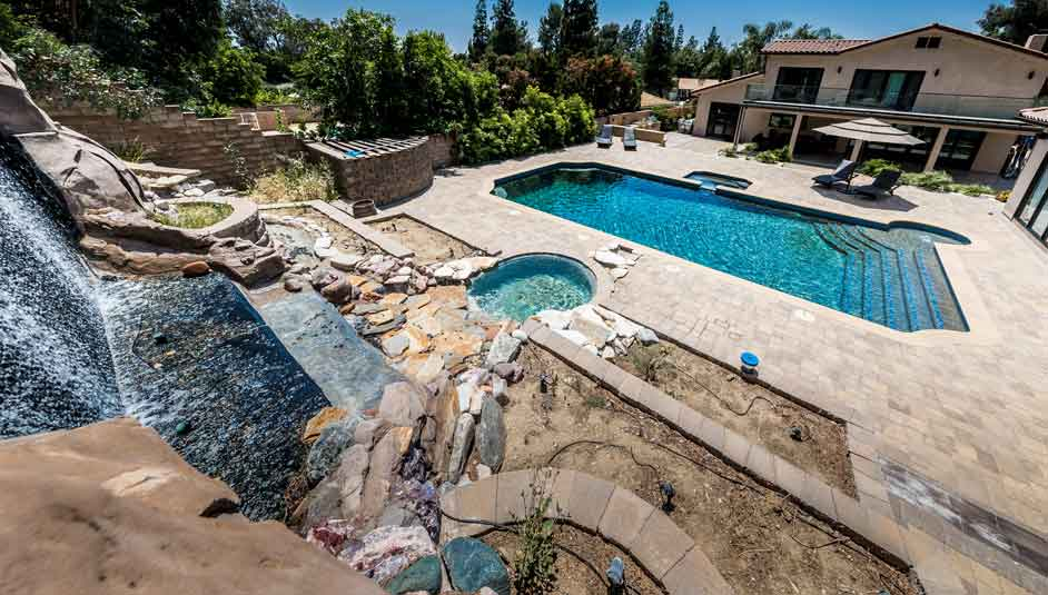 Luxury-rehab-with-pool-in-California