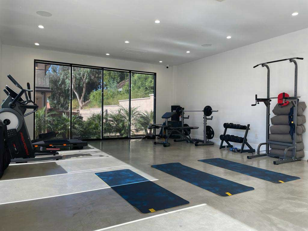 Luxury-Rehab-with-private-gym