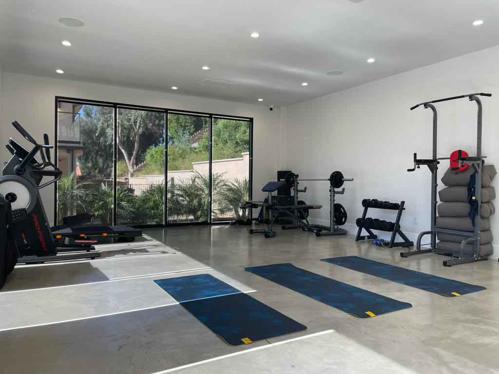 Private-in-home-gym-at-luxury-rehab-