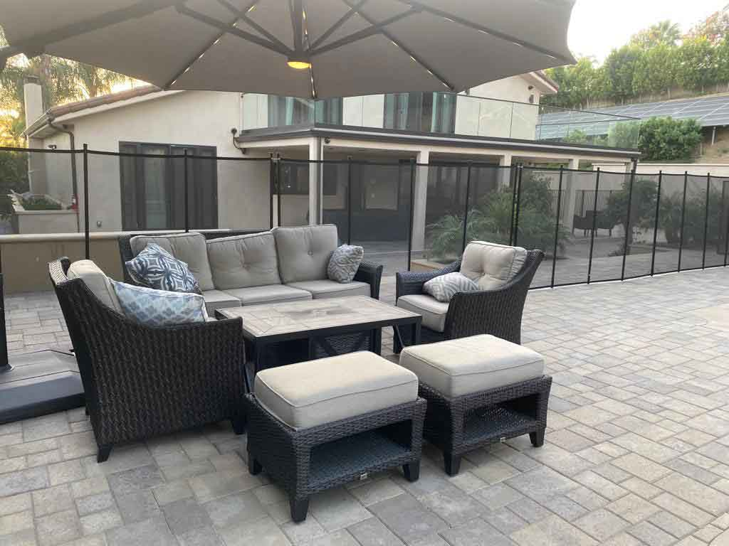 residential-alcohol-rehab-outdoor-sitting-area